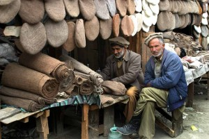Craftmen-pakol-hats-northen-pakistan-by-babasteve